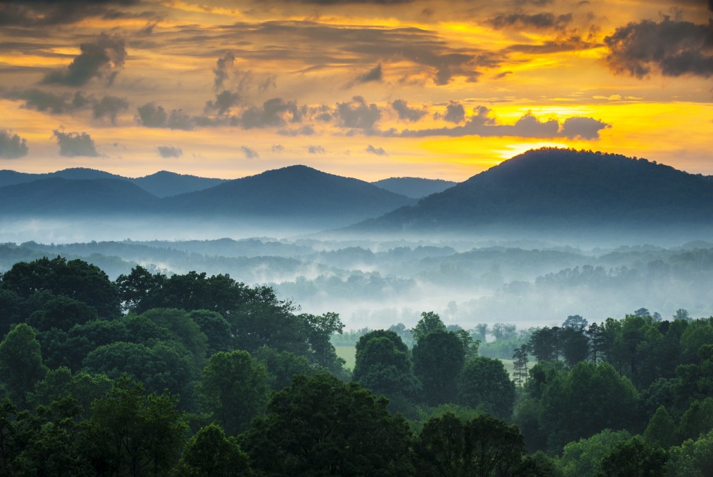 Asheville NC Blue Ridge Mountains Sunset and Fog Landscape Photography near the Blue Ridge Parkway in Western North Carolina. Source: Used by permission, Faith for Living, Inc.